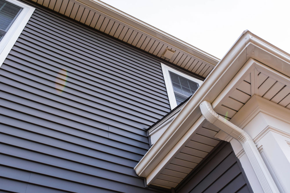 Vinly Siding Installation and Repair company in Pensacola- Gutter Solutions and Home Improvements - Pensacola, FL - 850 776 1782 - seamlessgutterspensacola.com